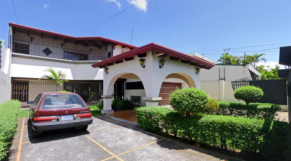 Freses, Curridabat, Spectacular 4-BR House for Sale, Close to Everything