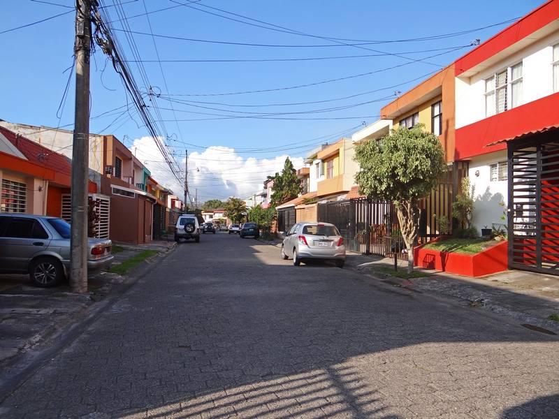 Residencial Málaga, Sabanilla, Venta de Casa con 3 Habitaciones