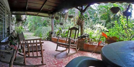 Tres Rios, Plantation House with Great Restoration Potential For Sale