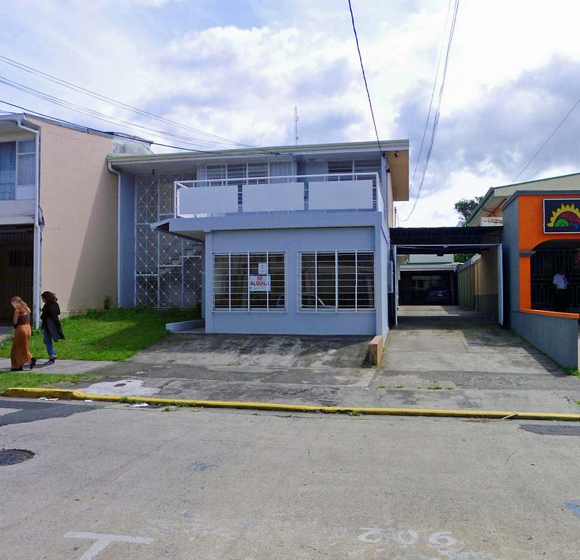 3800-ft2 House for Rent for Offices, Great Location, Barrio Dent