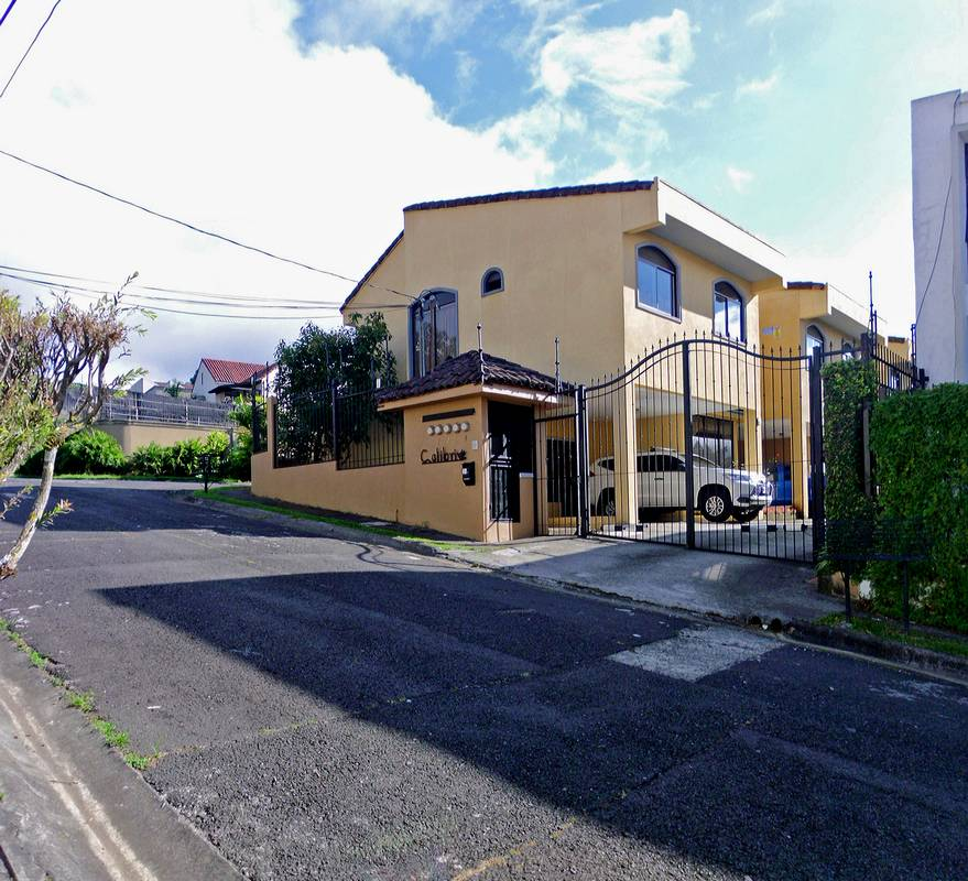 Pinares, Curridabat, Quality House for Sale, US$189000, BARGAIN