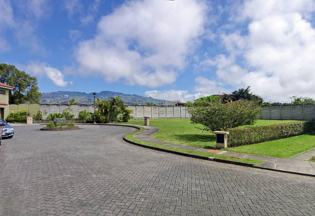Condominium El Nogal, Cartago, Two Adjoining Lots for Sale