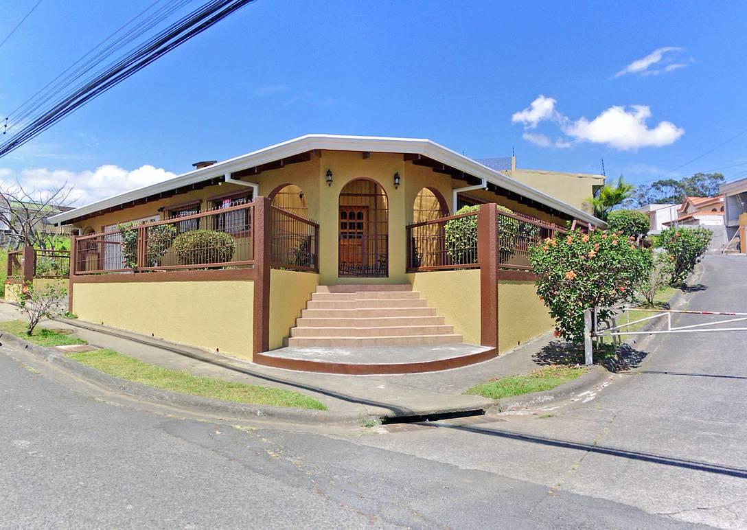 REBAJADO – Freses, Curridabat, Venta de Casa de 420 m2, Una Planta, con Apartamento