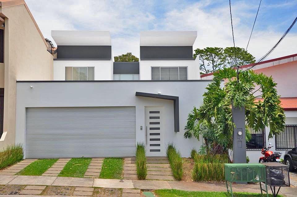 Residencial Omega, Tres Rios, Venta de Casa de 350 m2 en Comunidad Cerrada