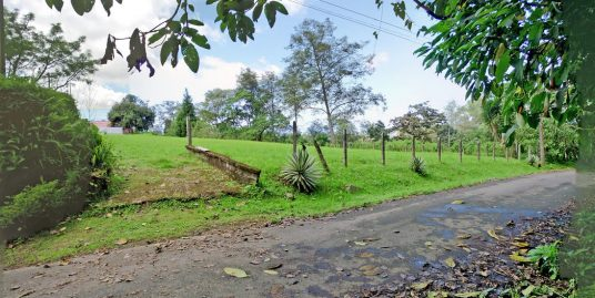 San Ramon de Tres Rios, 0.4-Acre Lot for Sale in Lovely Mountain Setting