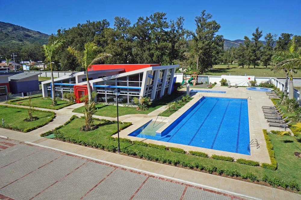 New House for Sale in Gated Community Nobleza del Coris, Cartago – US$125,000