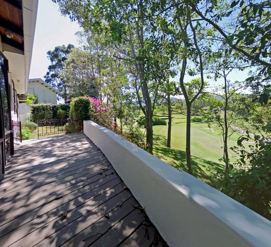 Fantastic House for Rent with View of the Golf Course, Curridabat
