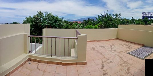 1800-ft2 House with up to 4 BRs for Sale in Gated Community, Lourdes, San Pedro