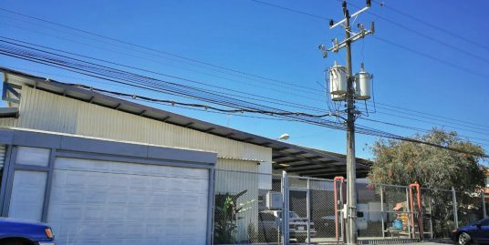 8600-ft2 Industrial Warehouse for Sale in Cartago, Just off Highway