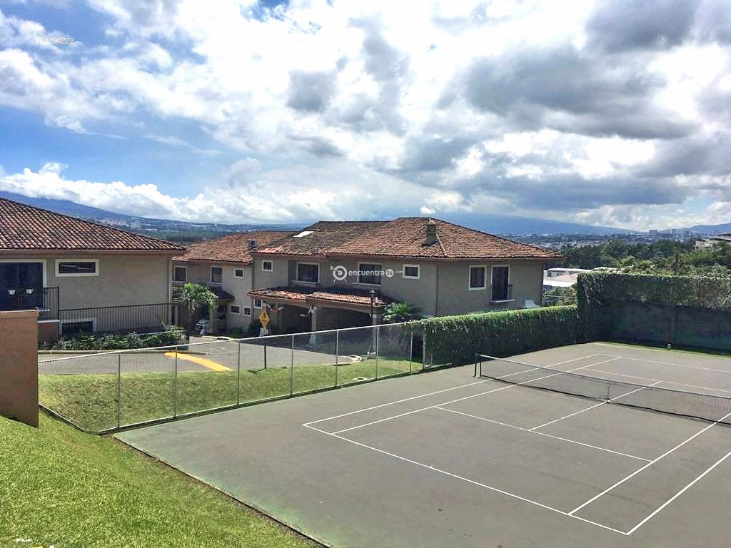 Townhouse for Sale, 3 BRs plus office, swimming pool, tennis, Guachipelin, Escazu