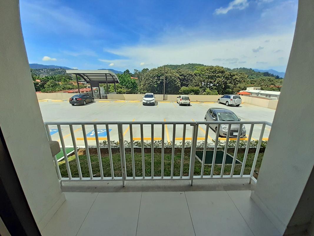 Venta de Apartamento de 1 Habitacion en Condominio Vila del Este, Curridabat