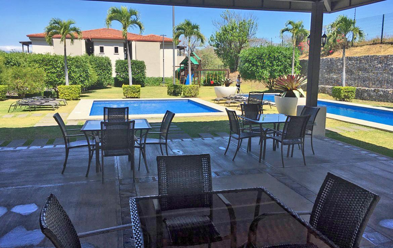 Venta de Apartamento Penthouse de 3 Dormitorios, Condos del Rio, Brasil de Mora