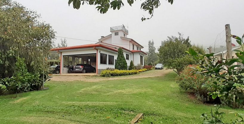 Lovely 2-Acre Property for Sale with 3 Houses in the Hills of Cartago