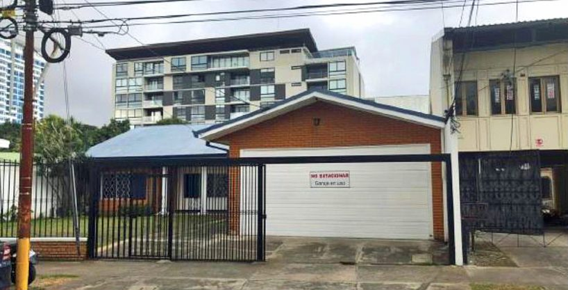 6400-ft2 Commercial-Office Building for Sale, Barrio Dent, San Pedro