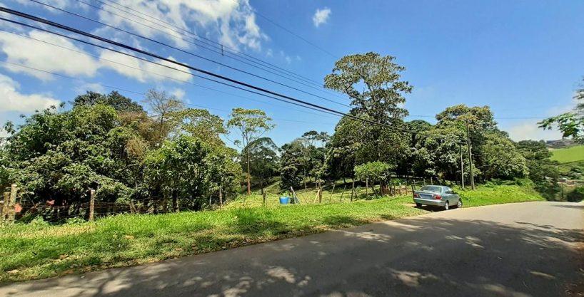 REBAJADO! 18300 m2 en Entorno de Montaña, San Ramón de Tres Ríos