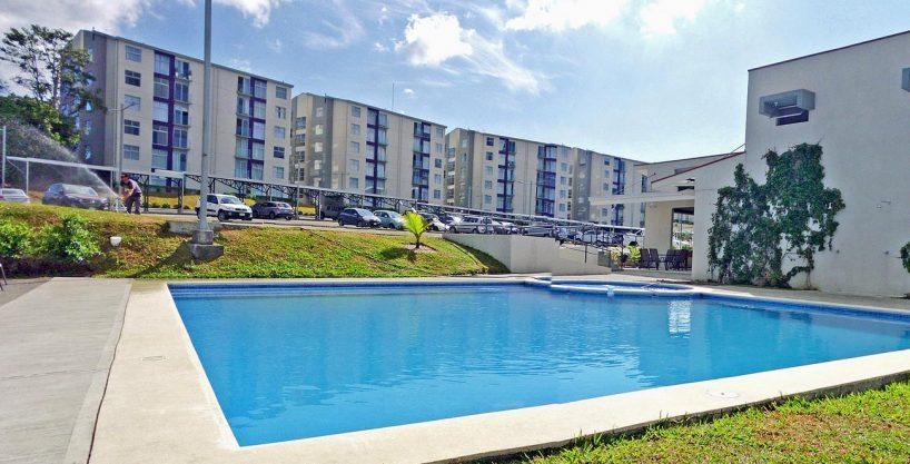 Venta de Apartamento Contemporaneo en Condo Torres de Granadilla, Curridabat