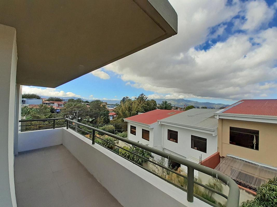 Lovely 1400-ft2 Apartment for Sale, 3 BRs, Condo Terrazas del Este, Sabanilla