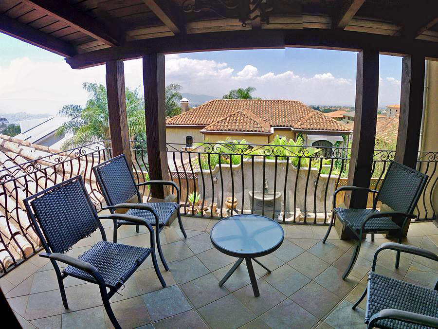 Bosques de Altamonte, Curridabat, Luxury 4,800-ft2 House for Sale