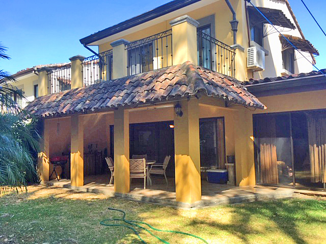 Furnished 2900-ft2 House for Rent, 3 BRs, Condo Puerta de Hierro, Santa Ana