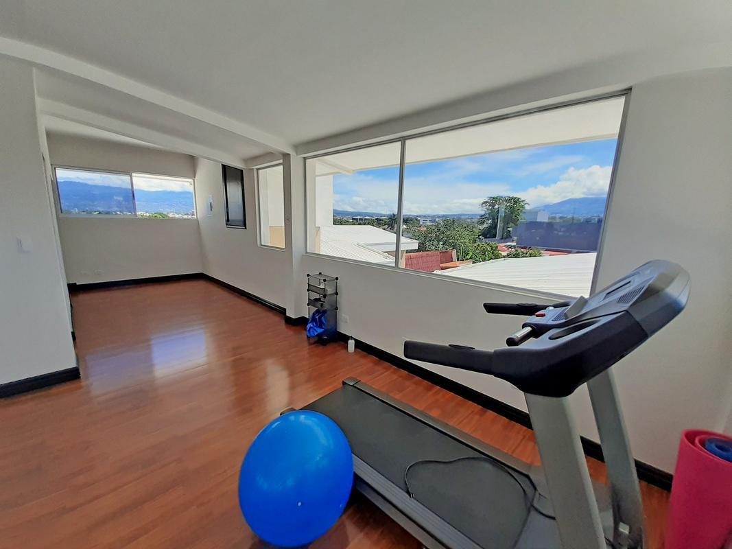 Venta o Alquiler Apartamento de 2 Habitaciones, Barrio Dent, San Pedro-San Jose