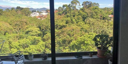 970-ft2, 3-Bedroom Apartment with View for Rent, Condo Abitu, Curridabat