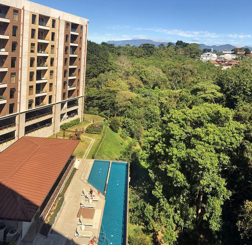 970-ft2, 3-Bedroom Apartment with View for Sale, Condo Abitu, Curridabat