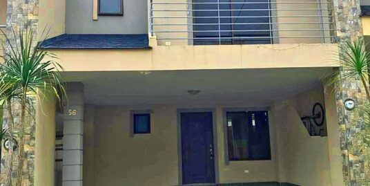 1660-ft2 House for Sale in Fantastic Gated Community Valle Alto, El Carmen de Guadalupe