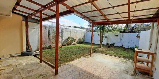 Cozy 915-ft2 House for Sale, San Rafael, Montes de Oca