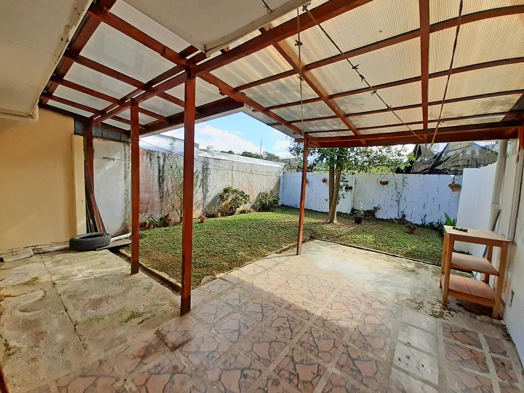 Cozy 915-ft2 House for Sale, San Rafael, Montes de Oca