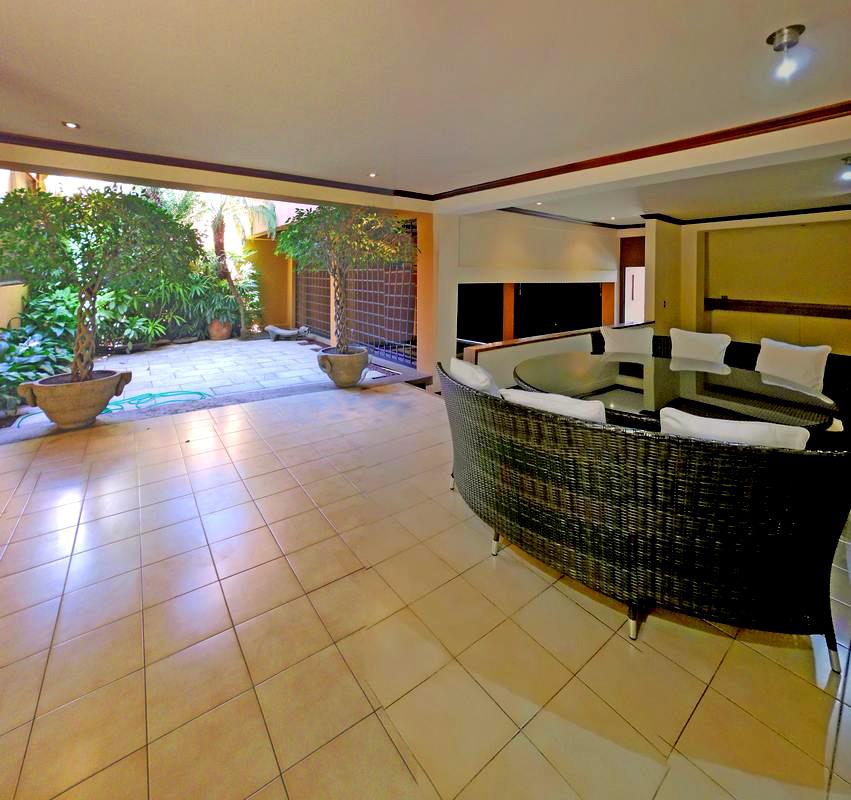REBAJADO! Venta de Casa de 500 m2 MAS Apartamento, Pinares, Curridabat