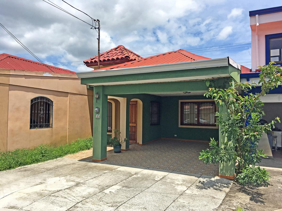 Furnished, One-Story House for Sale, 2 BRs, Lagunilla, Heredia